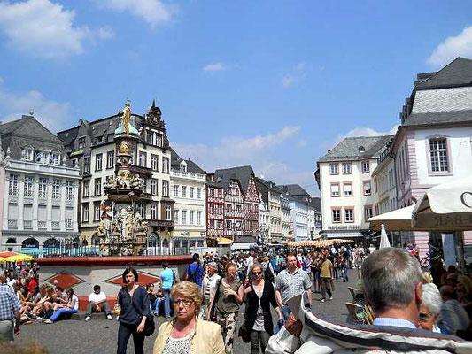Das pulsierende Leben in Triers Stadtmitte