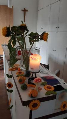 Schmuck am Kuchenbuffet