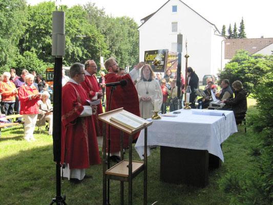 Feier der hl. Messe beim Gem.-Fest 2016