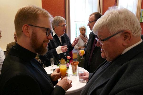 Burkhard Schmelz und Prälat Dietmar Janousek