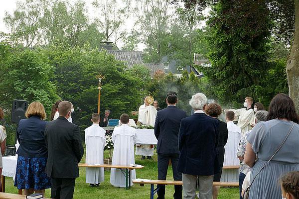Sakramentaler Segen am Schluss des Festgottesdienstes