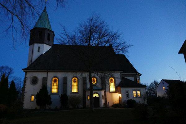 Die Frühschichten beginnen um 6.00 Uhr in unserer Kirche