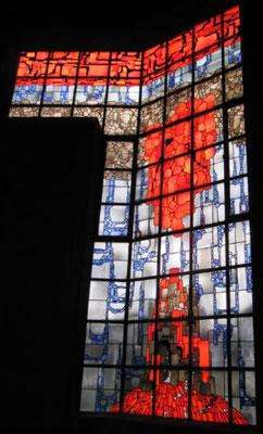 Kirchenfenster im Mariendom