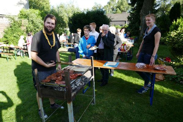 Grillen in Pastors Garten Sommer 2017