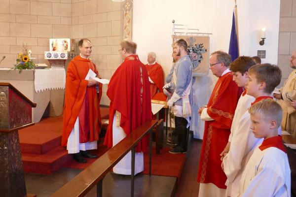 """Übernahme"" des Priestersitzes"