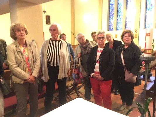 Während der Kirchenbesichtigung