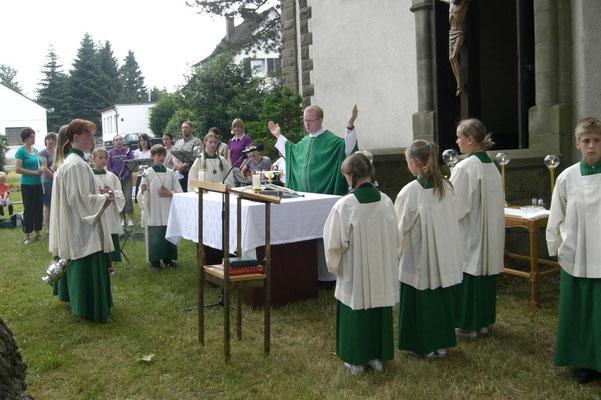 Hl. Messe beim Gemeindefest
