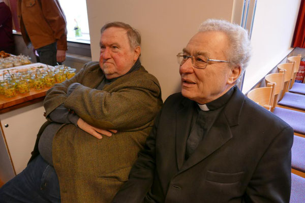 Pastor im besonderen Dienst Bernd Alshut (li.) und der pensionierte Pastor Norbert Schroers
