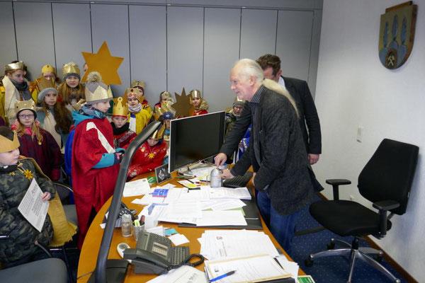 ... am 4.1.2019 ins Rathaus zu Bürgermeister Ulli Winkelmann