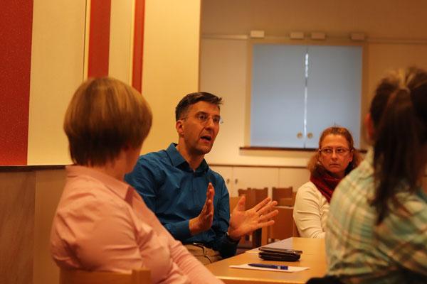 Aktive Mitsprache der Versammlungsteilnehmer