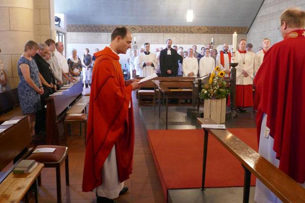 Versprechen des neuen Pfarrers