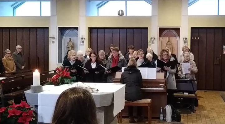 Kirchenchor am 2. Feiertag