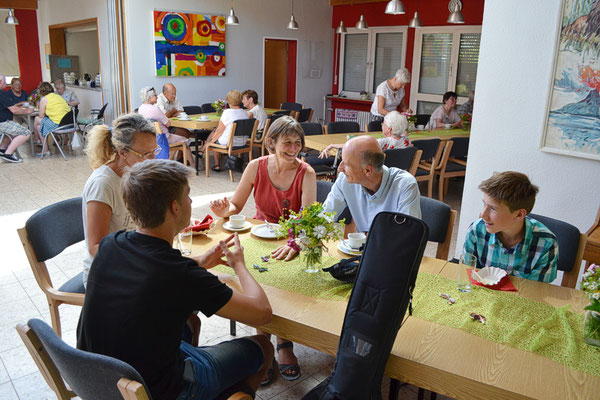 Café im Gemeindeheim