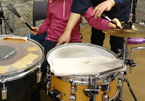 色々な打楽器の音色を体験