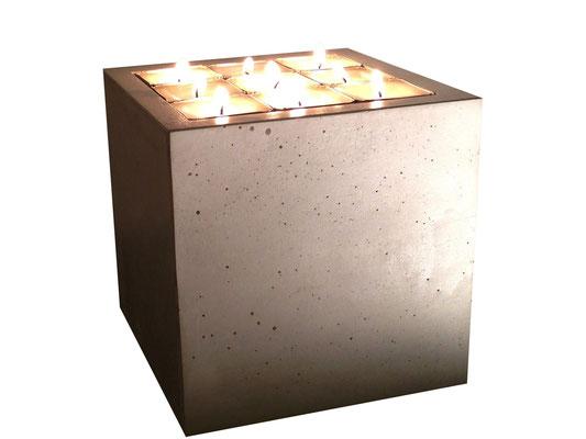 KUBUS - Kerzenleuchter - 15 x 15 x 15 cm - € 129,-