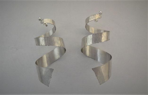 Ohrhänger, Silber 925, Hammerschlag, Fr. 225.-
