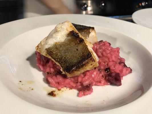 Die südafrikanischen Weissweine passen wunderbar zu gegrilltem Fisch und Risotto. Hier hat Pepe aus dem Restaurant Jan Tabac in Vegesack wieder gezaubert.