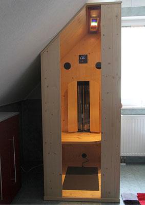 Infrarotkabine in Dachschräge
