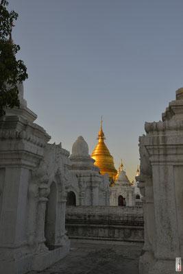 Kuthodaw Pagoda [Mandalay/Myanmar]