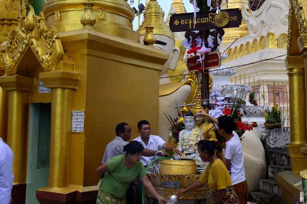 Shwedagon Pagoda Area [Yangon/Myanmar]