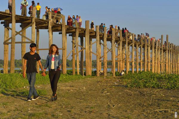 U Bein Bridge [Amarapura/Myanmar]