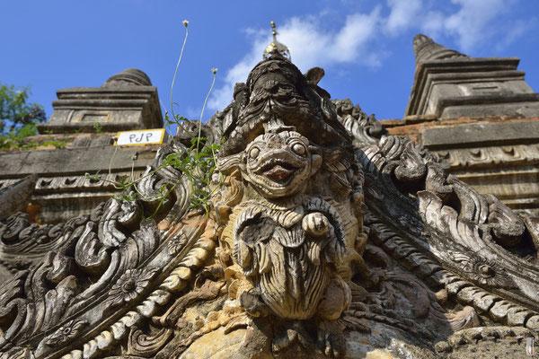 Yadana Hsimi Pagodas [Inwa/Myanmar]