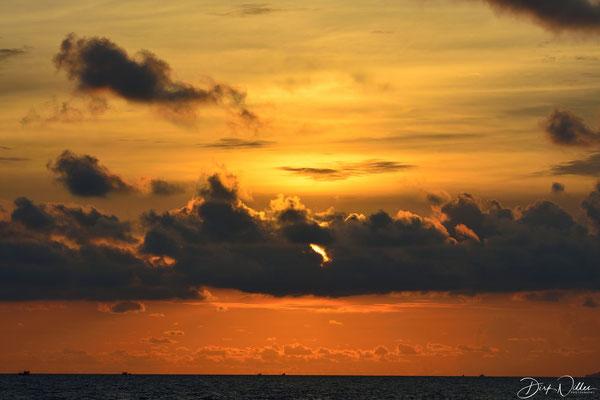 Sunset @ Sihanoukville