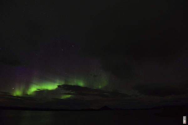 aurora borealis / northern lights @ lake Mývatn