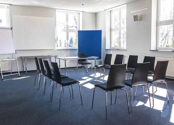 Stuhlkreis Workshop - Raum 4