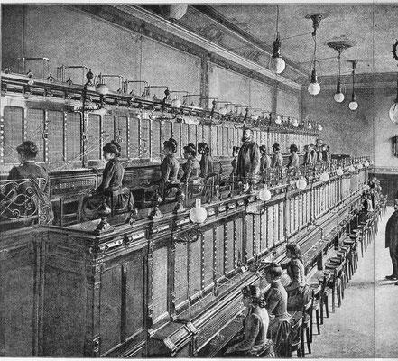 Central téléphonique à Paris dans les années 1920