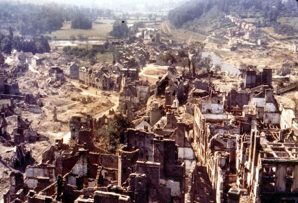 La ville de saint Lô en Normandie en 1945