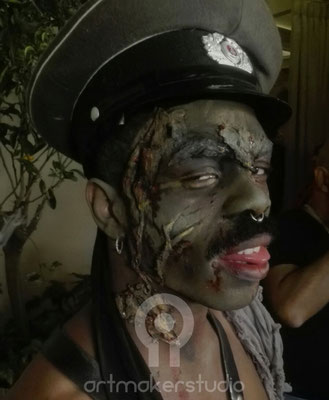 Zombi Face Paint.  Halloween en Florida Retiro 2017