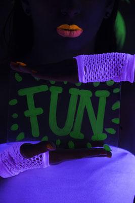 Fiestas Fluor Madrid - Neon - maquillaje luz negra- maquillaje luminosso