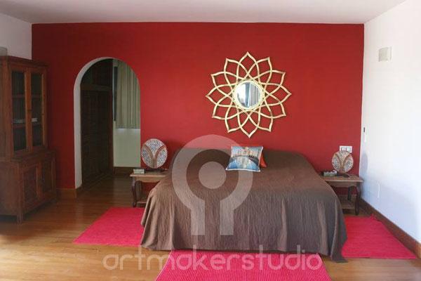 Decoración interior. Dormitorio estilo oriental. IBIZA