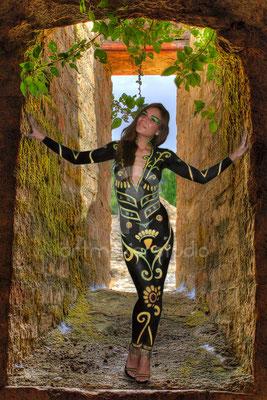 Body Painting + Sesión de Fotos y retoque fotográfico para particular por ArtMakerStudio