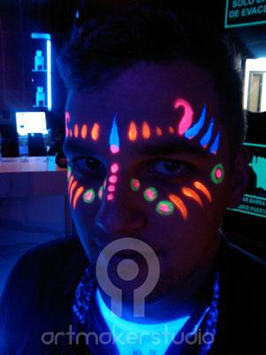 UV Face Paint.  Fluor Party Teatro Barceló Madrid