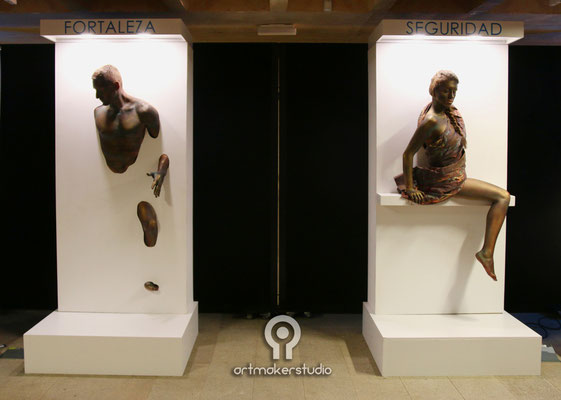 Esculturas de bronce vivientes. Body Painting by Astmakerstudio. Live sculptures coming from wall