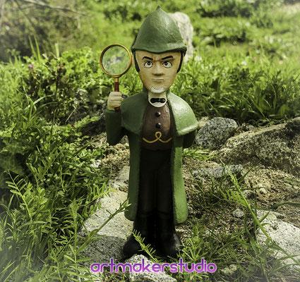 Sherlockgnomes sculpture Movie Premier madrid Spain