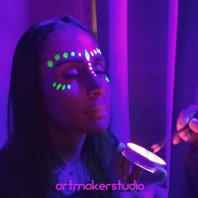 Maquillajes Neon Madrid Fiestas Luz Negra