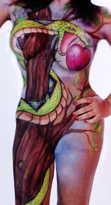 Body Painting completo con sesión fotográfica. Tentación en el Jardín del Edén .