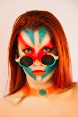 Maquillaje facial Madrid para Flamingo Sun Glasses 2021 Mimetización con aerografía