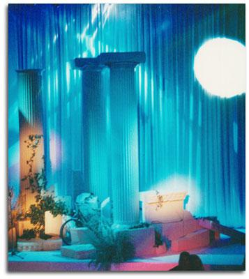 Columnas Griegas y Escenografía para el Teatro Joy Eslava Madrid