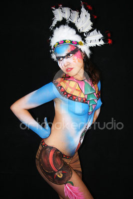 "Body Painting ""american indian girl"""