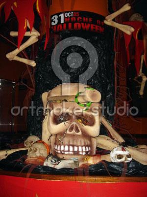 Calabera y ambientación Halloween en Planet Hollywood Madrid
