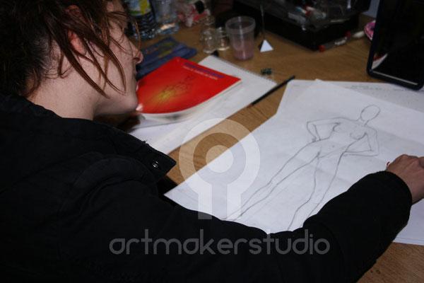 preparación del boceto para el body painting