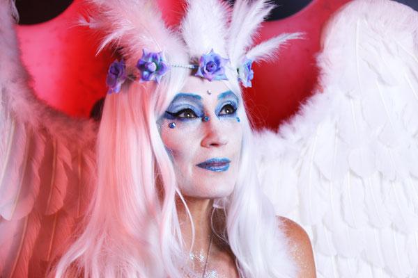 """Maquillajes y Vestuario de Ángeles y Demonios, Prive Party La Moraleja  """"artmakerstudio"""""""