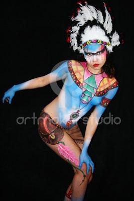 "Body Painting ""India americana"""