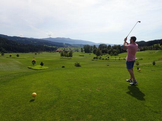 Golf_(c) TVB Naturpark Zirbitzkogel-Grebenzen (2) (1)