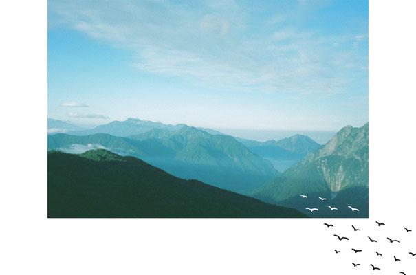登っている時は客観的に見ると良い景色/photoshop・halfcamera