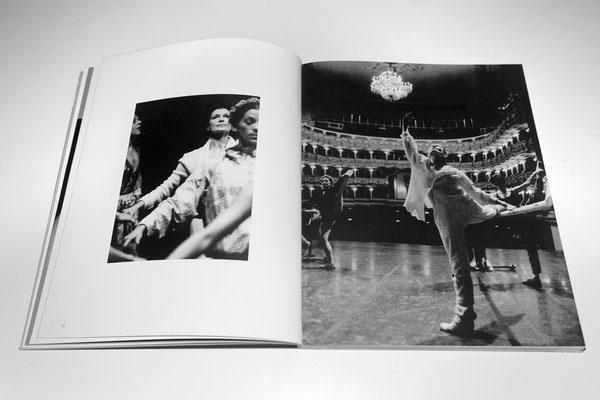 Rehearsals in Teatro Filarmonico, Verona, Italy, 1996 © courtesy Lucia Baldini/Le Lettere
